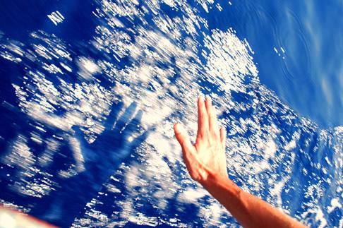 ნათლობა ზეციდან ხდება და ვიღებთ მას რწმენით