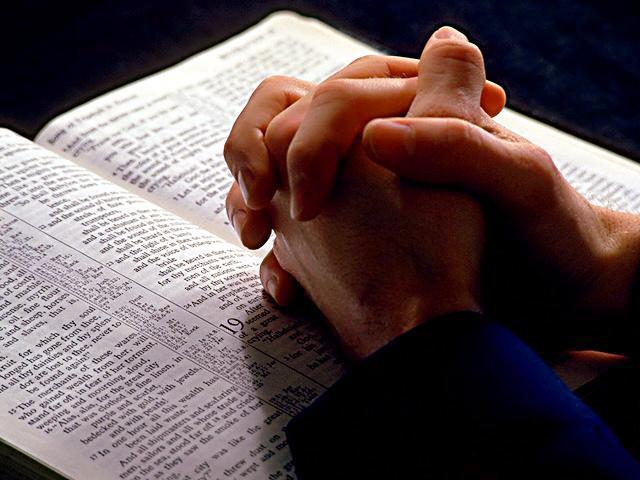ცოცხალ, წმიდა მსხვერპლად ვუძღვნათ ჩვენი სხეული ღმერთს